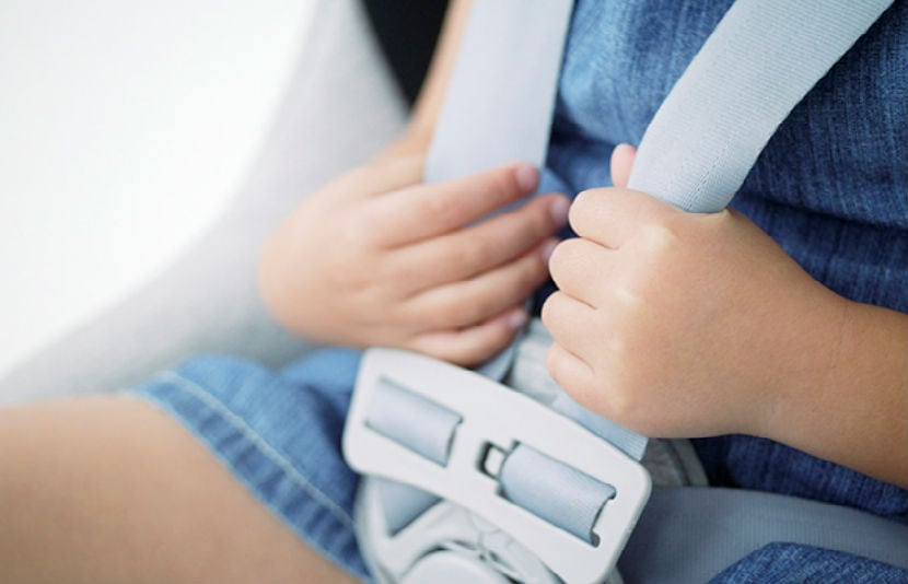 Tips de seguridad para viajar en auto for Espejo para ver al bebe en el auto