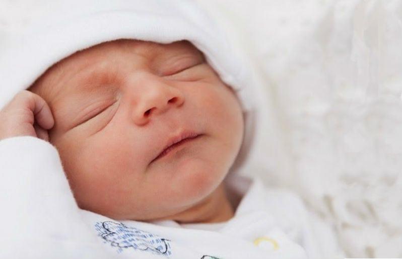 Para los adultos son más lindos los bebés a los seis meses que recién nacidos Recién nacido Lola Rovati Olivia y Oliver, los nombres de niña y .