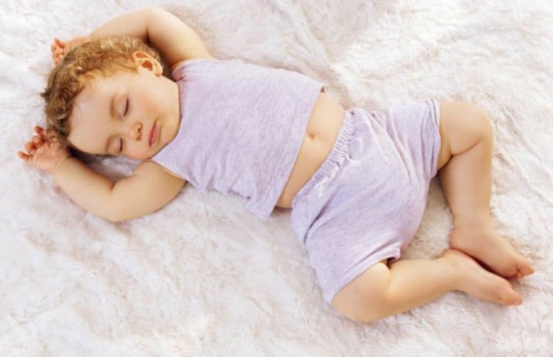 para que un bebe duerma bien