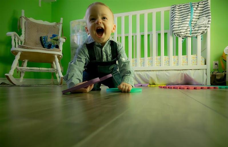 cuidar a los bebes con una camara