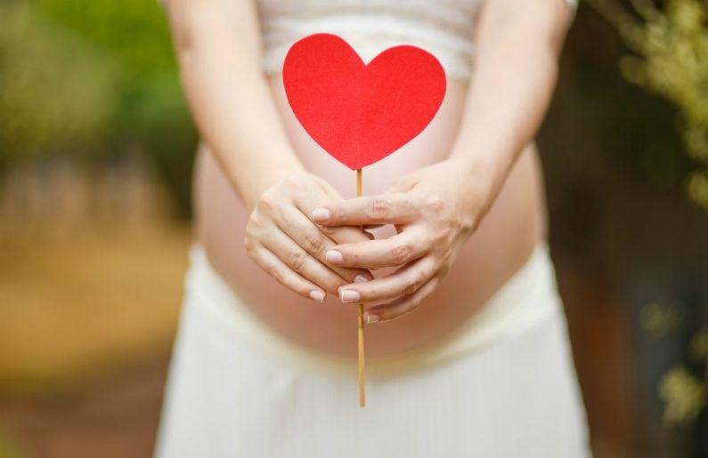 Resultado de imagen para embarazada feliz