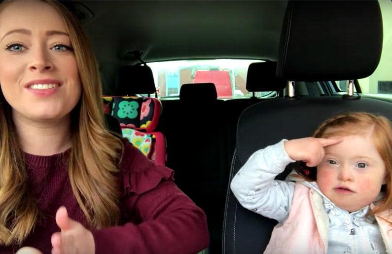 50-mamas-y-50-ninos-realizan-un-carpool-karaoke-por-el-dia-mundial-del-sindrome-de-down-01