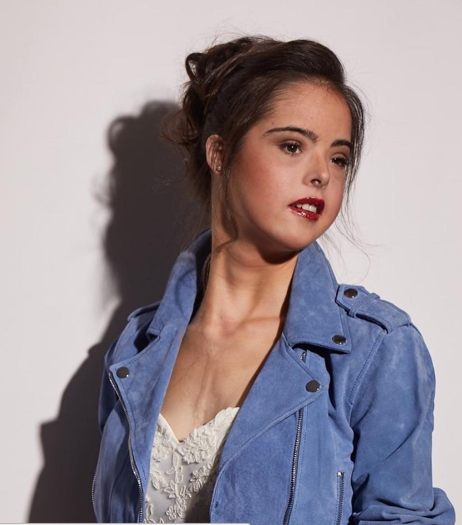 Marián Ávila - Modelo