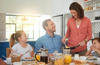 5-motivos-porque-vale-la-pena-desayunar-en-familia