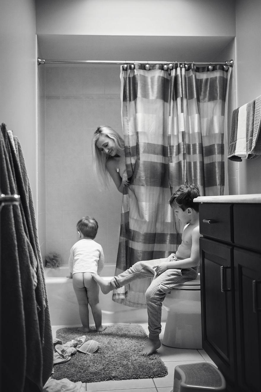 La maternidad no se baña sola