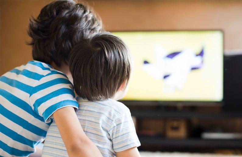 los-ninos-mexicanos-pasan-casi-5-horas-diarias-a-la-television-02