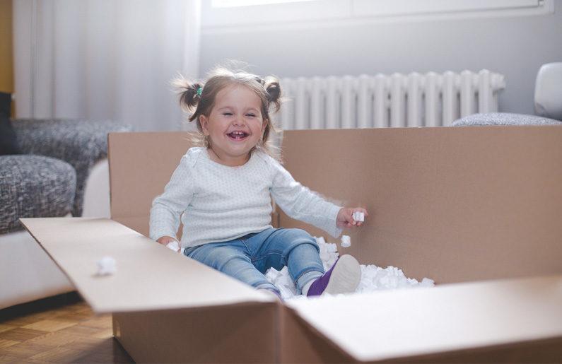 los-ninos-son-mas-felices-con-pocos-juguetes-comprobado