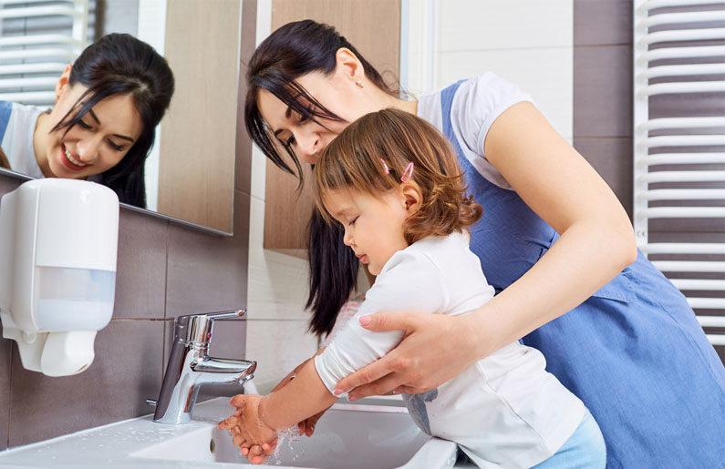 tips para enseñarle a tu hijo a cuidar el agua