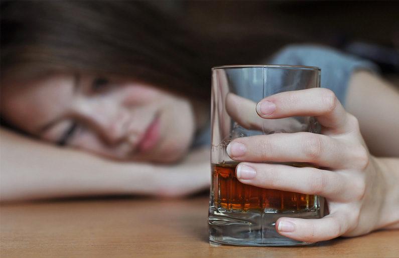 adolescentes alcohólicos