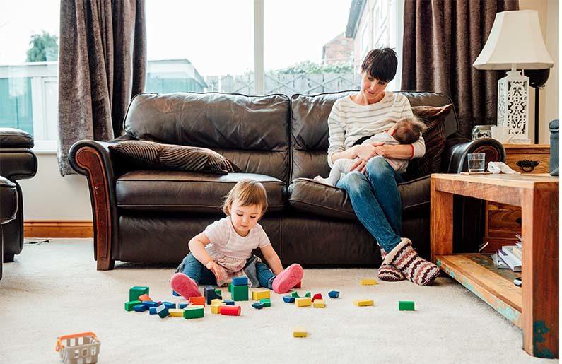 La maternidad equivale a casi tres trabajos
