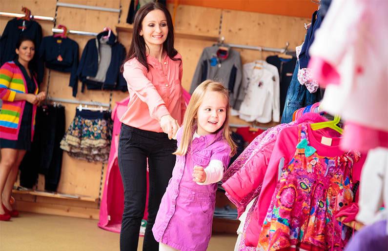 ¿Por qué debes dejar que tu hijo escoja su ropa?