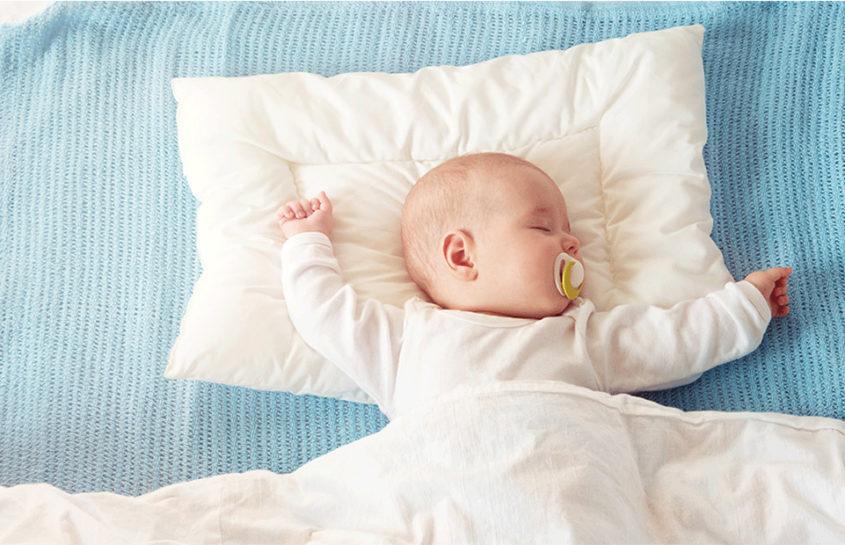 ropa de cama que sí debe tener tu bebé