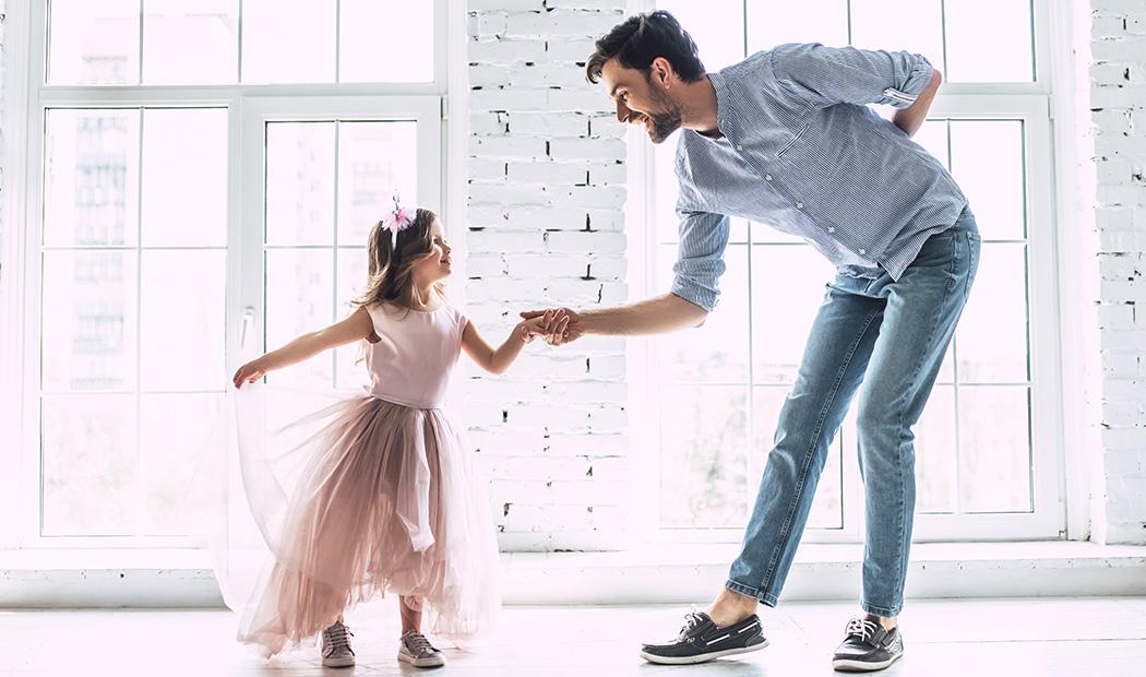 Baila con ella