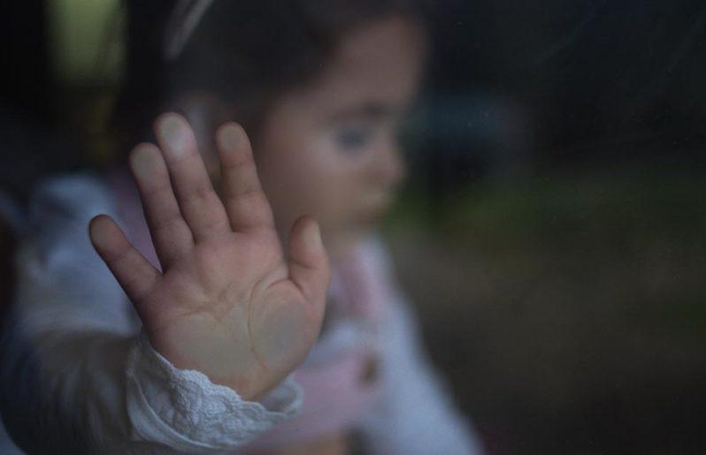 Ley prohíbe castigos físicos a niños