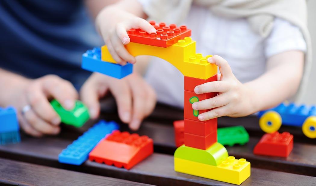 6 Juegos de estimulación temprana para manos