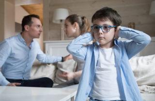 ¿Cómo enseñarle a tu hijo a actuar ante una crisis?