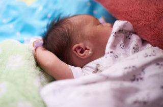Perforación de orejas en niñas ¿debe hacerse y a qué edad?